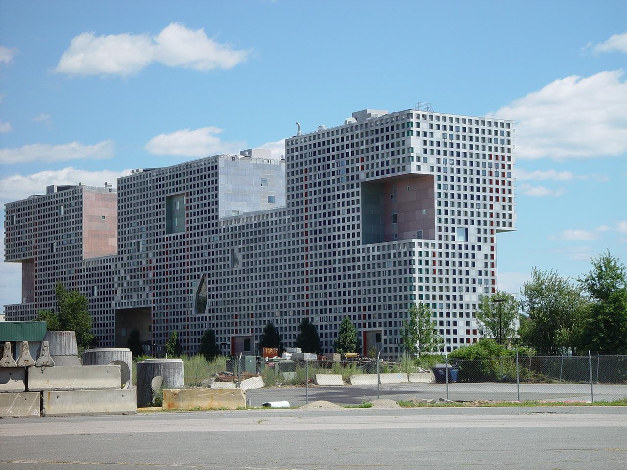 MIT Scholarship