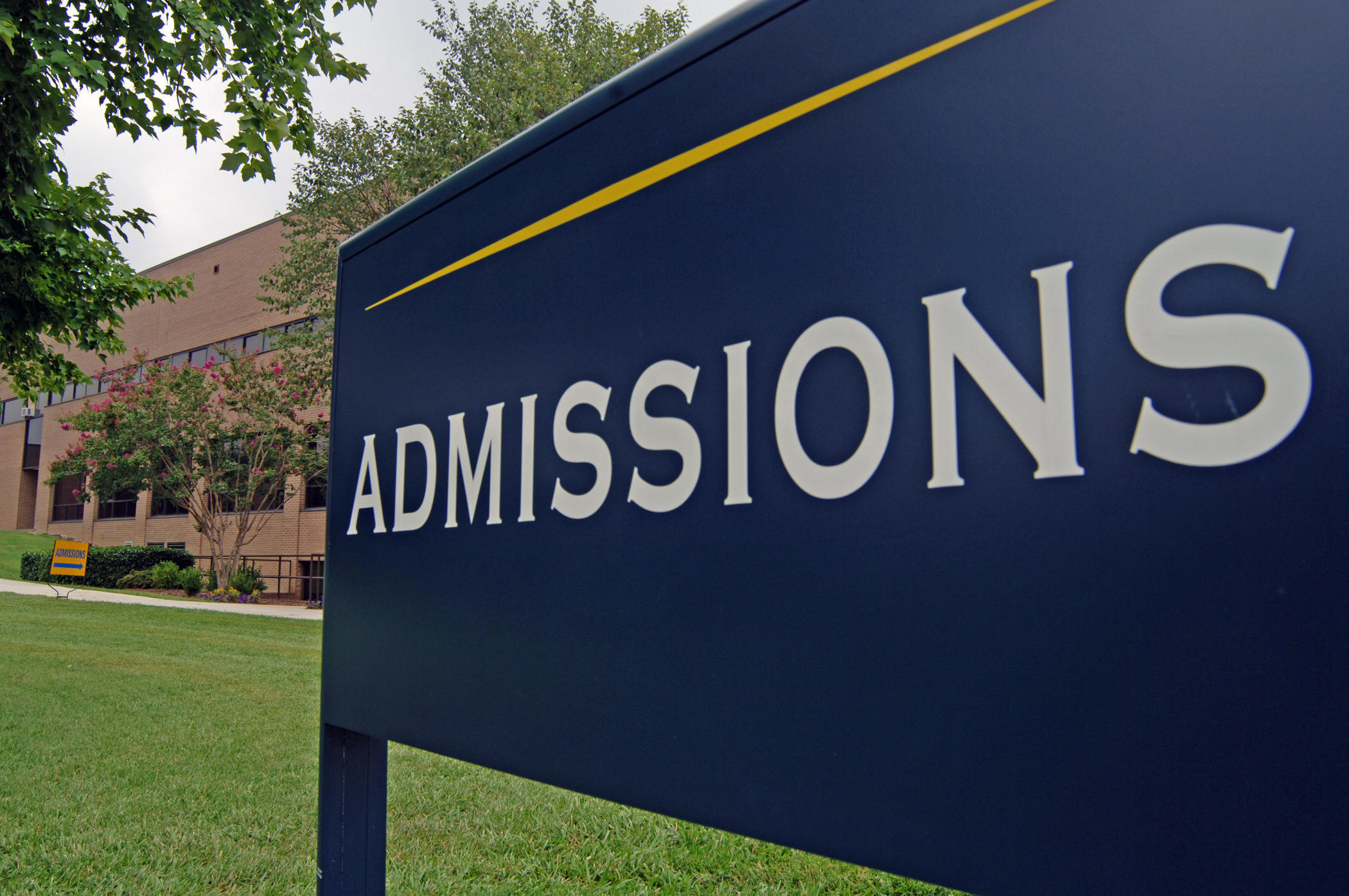 Admission  >> International Student Admission Process Of University Of Alberta